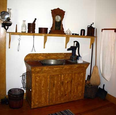 Victorian Kitchen Sink - Creepingthyme.info