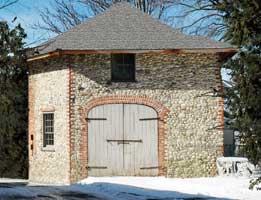 Bradley-Wheeler Octagonal Barn